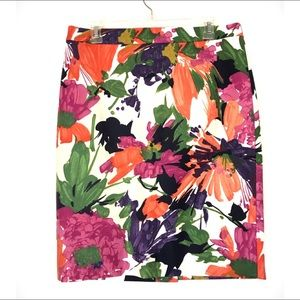 J. Crew No 2 Pencil Skirt in Garden Floral Size 6